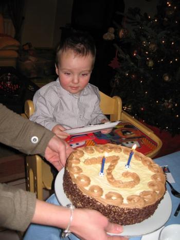 Biscuit met boterroom: verjaardagstaart, kerstgebak of paasgebak 6