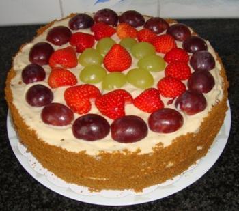Biscuit met speculaas, mascarponecrème en vers fruit 4