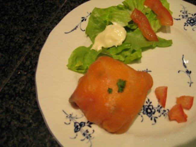 Pakketjes van gerookte zalm en couscous met groenten 1