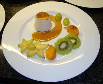 Parfait van mascarpone met karamelsaus en vers fruit 5