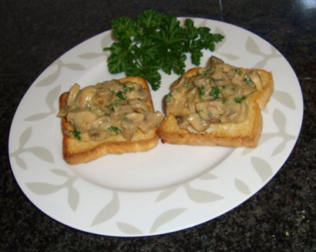 Toast champignon 1