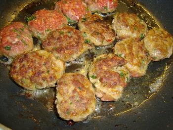 Kerrierisotto met kruidige lamsgehaktballetjes en groentensaus 4