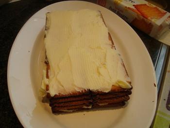 Petit beurrekoek met boterroom of koninklijk dessert 4