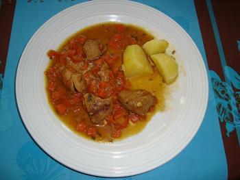 Potje van varkensstoofvlees en wortelen 9