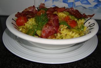Spirelli met ontbijtspek, venkel en curry 9