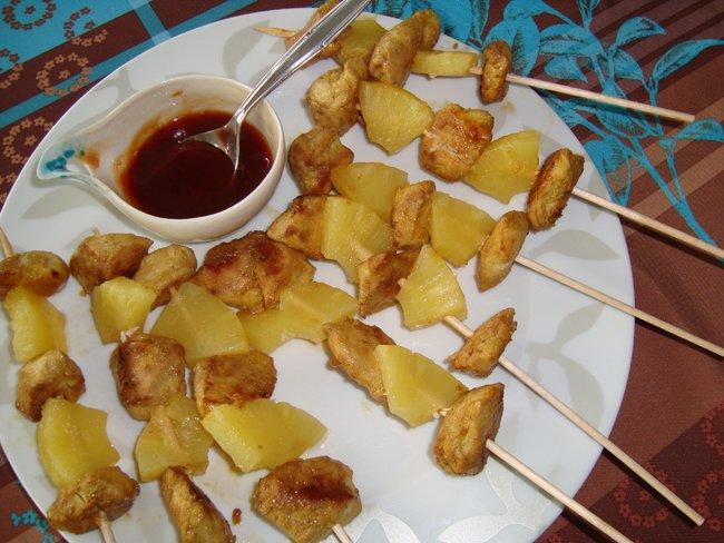 Geliefde Gemarineerd spiesje van kip en ananas , recept , fruitgerechten  #XV53