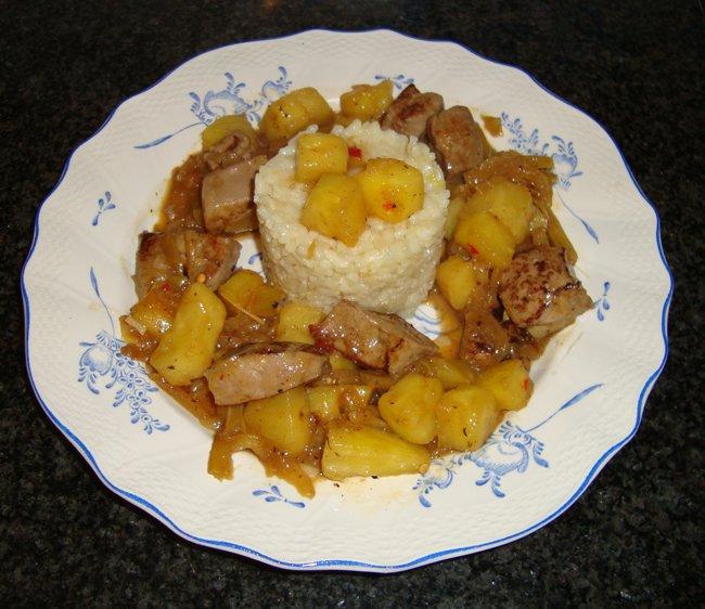 Kalfslever met ananas en risoto. Aziatisch gerecht 1