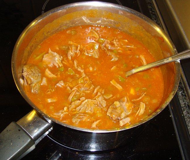 Rundschenkel of soepvlees met saus, ui en paprika 1