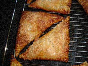 Abrikozenflap of driehoek van schilferdeeg 8