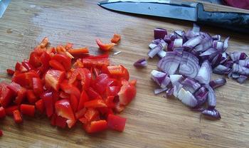 Borrelglaasje met paprikasaus en grijze garnalen 3
