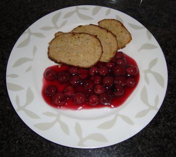 Gehaktbrood met krieken of warme kersen 5
