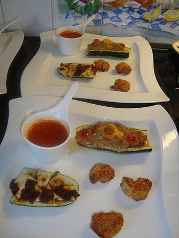 Gevulde courgette met gehakt en tomatensaus 9