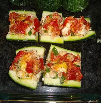 Gevulde courgette met kaas en zongedroogde tomaten 2