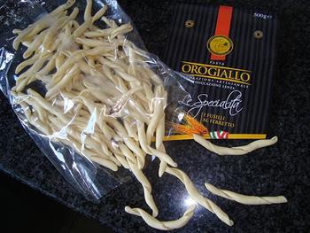 Pasta met pesto, racletsla en zalm 2