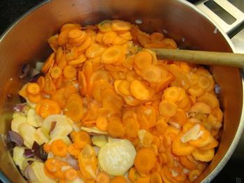 Soep van raapjes en wortelen 5