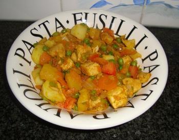 Stoofpotje van kalkoen, ananas, aardappen en groentjes 3