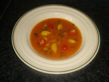 Tomatensoep met witte bonen of borlotti bonen 2
