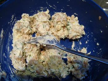 Truffel van kruidenkaas, garnalen en noten 3