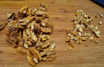 Truffel van kruidenkaas, garnalen en noten 4