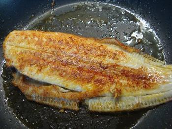 Zeetong met boerenkool (kale of krulkool) en mosterdsaus 3
