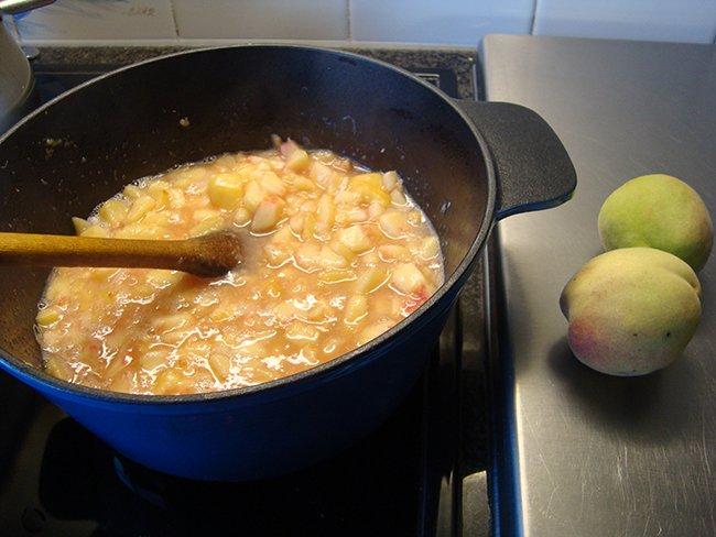 Perzikconfituur met minder suiker en verkorte kooktijd 1