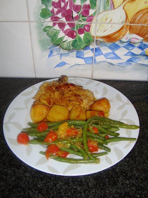Prinsesboontjes met tomaat en gelakte varkenskotelet 1