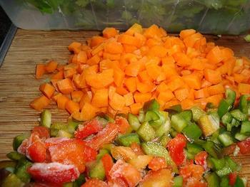 Eenvoudige runderbouillon met groentjes 5