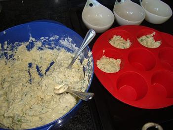 Hartige muffins met kaas en kruiden 4