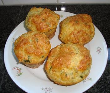 Hartige muffins met kaas en kruiden 6