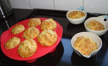 Hartige muffins met kaas en kruiden 8