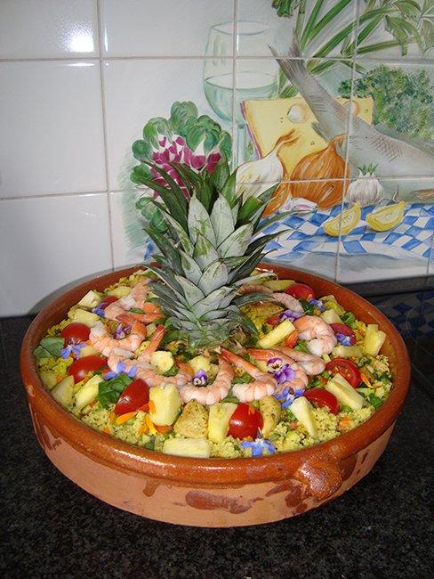 Koude Indische rijstschotel met kip en ananas 1