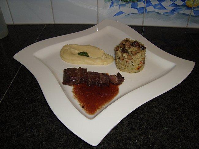 Reefilet, pastinaakcrème en paddenstoelenrisotto 1