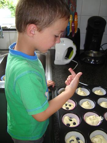 Een deeg, drie soorten cupcakes 5
