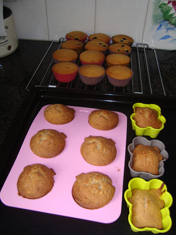Een deeg, drie soorten cupcakes 6