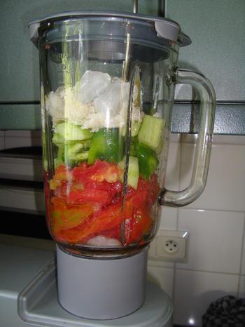 Gazpacho of koude tomaten-komkommersoep 4