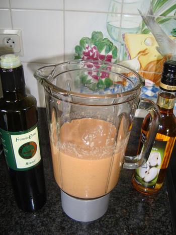 Gazpacho of koude tomaten-komkommersoep 5
