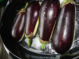 Imam bayildi of aubergine gevuld met gehakt 4