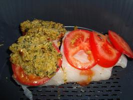 Kabeljauwfilet met tomaat en kruidenmengeling in de thermomix 3