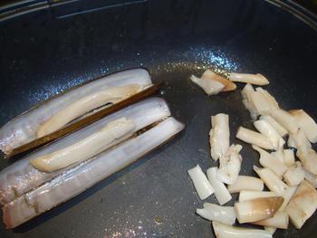 Scheermessen en mosselen met pasta: tagliolini 6