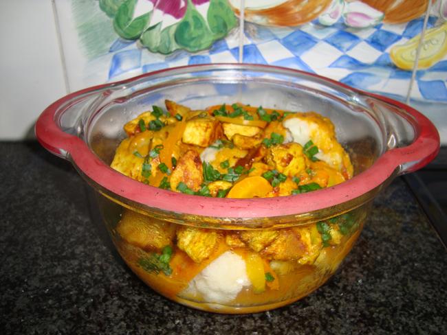 Bloemkool met paprika en kipfilet met currysaus in de thermomix 1
