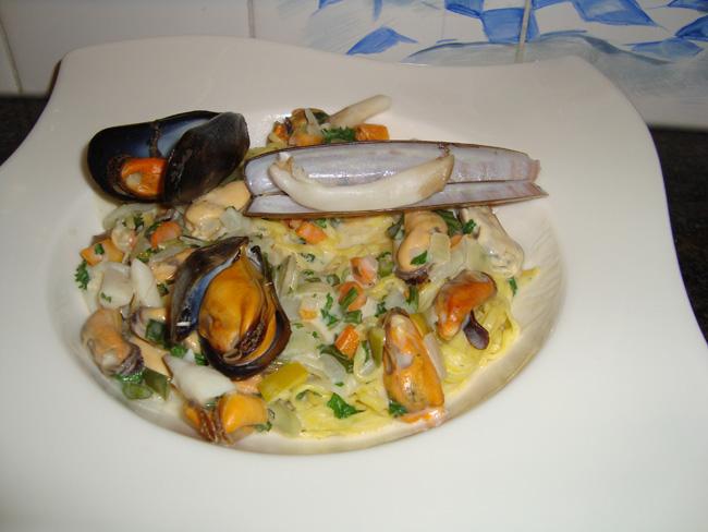 Scheermessen en mosselen met pasta: tagliolini 1