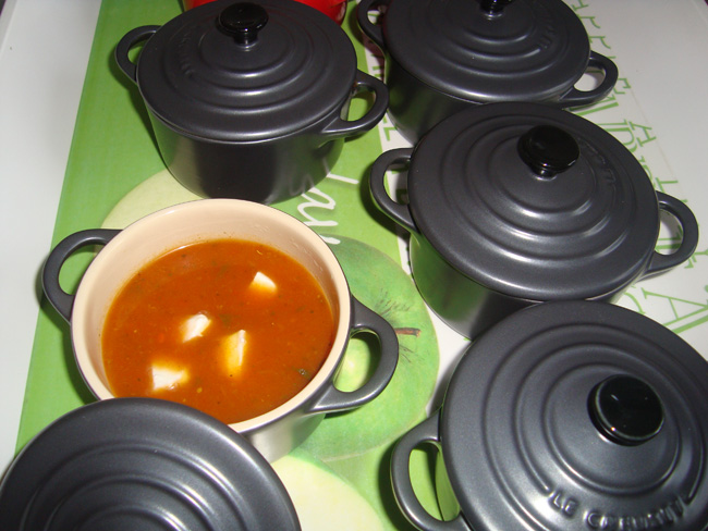 Tomatensoepje met mozzarellaparels 1