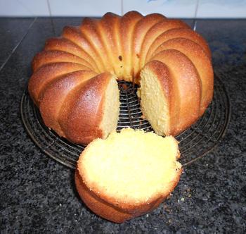 4/4 cake of quatre quart cake 2