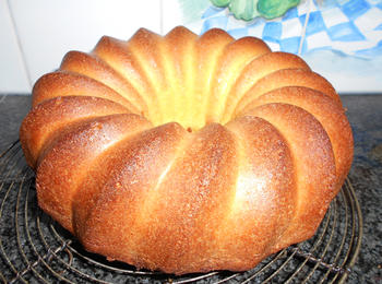 4/4 cake of quatre quart cake 3