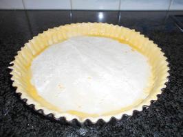 Appelschijfjesvlaai met pudding en rand van crumble 4