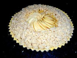 Appelschijfjesvlaai met pudding en rand van crumble 9