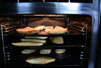Gözleme of hartige, gevulde Turkse pannenkoeken. (Ik bakte ze in de oven) 8