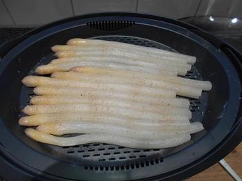 Kabeljauw, aardappelen en asperges op zijn Vlaams in de thermomix 4