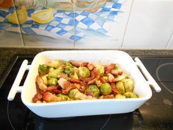 Ovenschotel van spruiten, spekjes en aardappelen 3