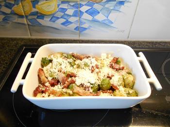 Ovenschotel van spruiten, spekjes en aardappelen 4